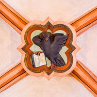 Heidelberg - Heiliggeistkirche - Mittelschiff - 1. Schlußstein, von Westen aus gezählt (aufgenommen im Januar 2013, am frühen Nachmittag)