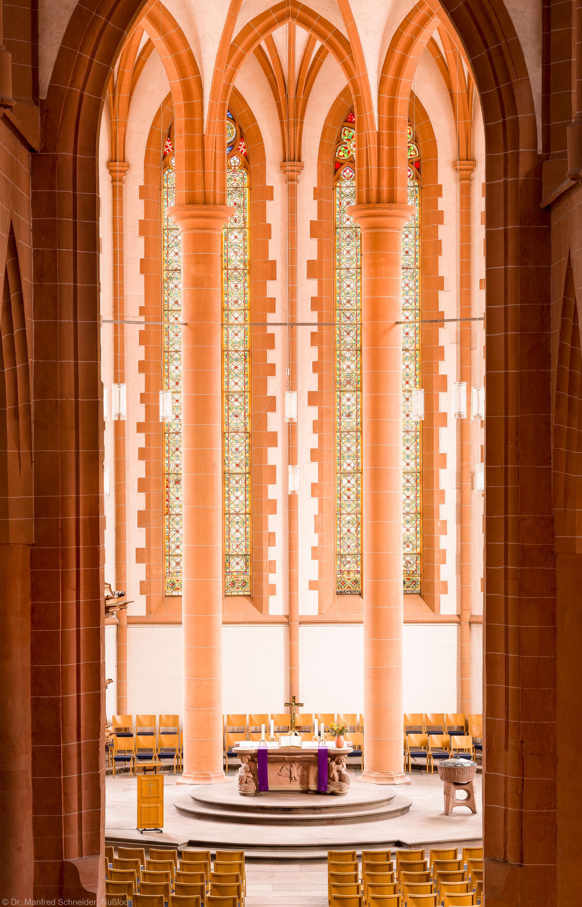 Heidelberg - Heiliggeistkirche - Chor - Blick von der Westempore in den Chor (aufgenommen im März 2013, am Nachmittag)