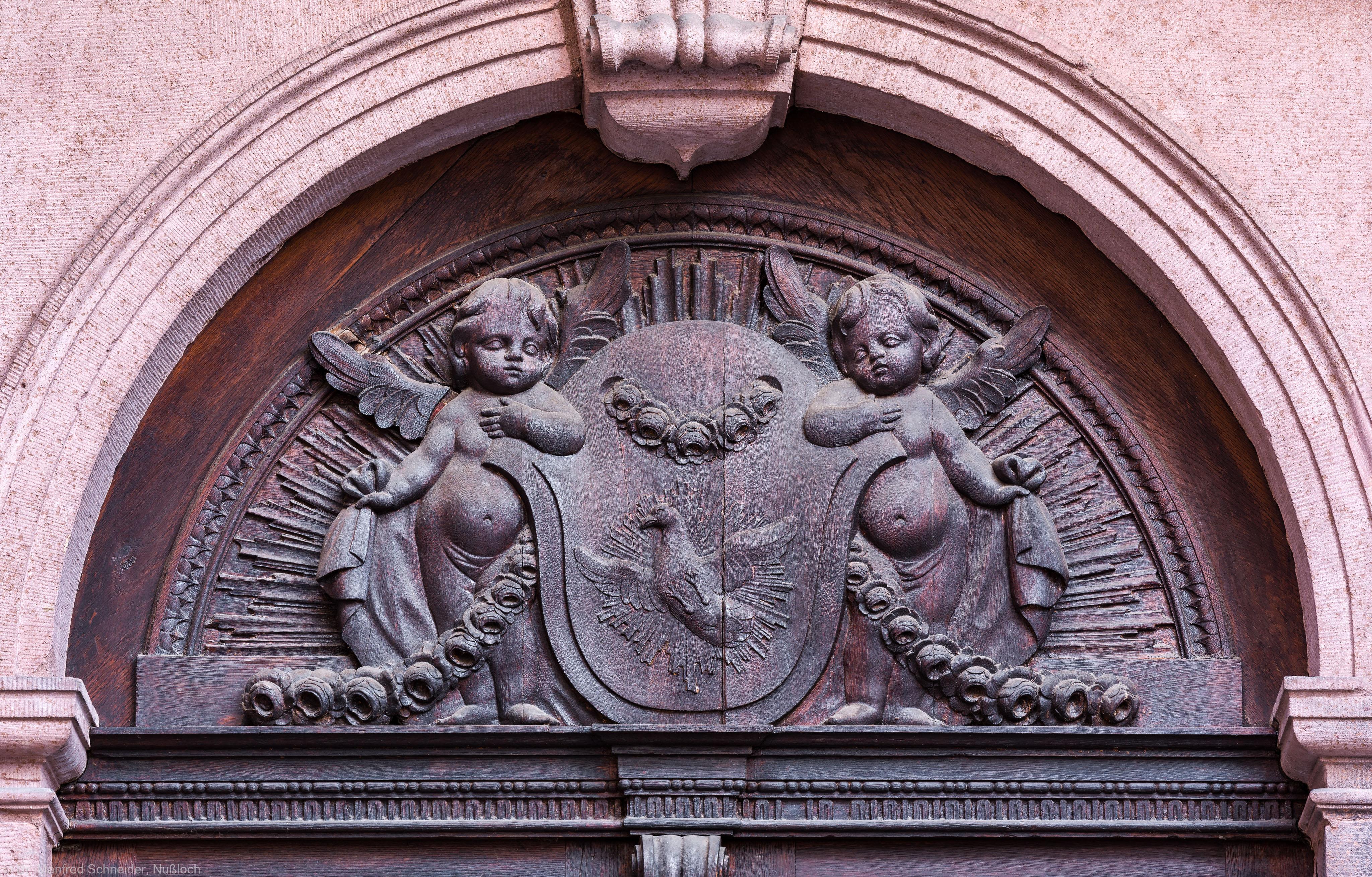 Heidelberg - Heiliggeistkirche - Nordseite - Östliches Nordportal - Rundbogen über der Tür (aufgenommen im November 2013, am Nachmittag)
