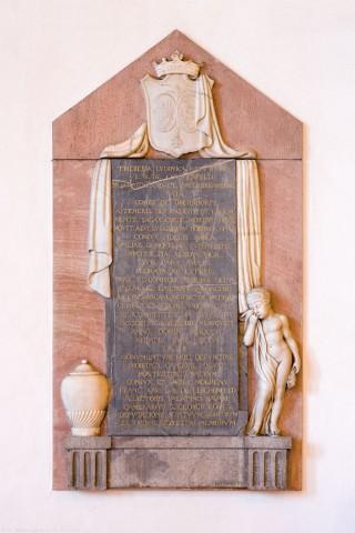 """Heidelberg - Heiliggeistkirche - Südschiff - Epitaph (""""Theresia Ludovica Fortunata Lerchenfeld""""), an Wand des südlichen Seitenschiffs, im Osten (aufgenommen im Januar 2014, am Nachmittag)"""