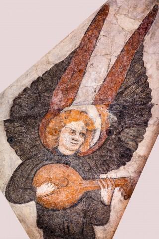 """Heidelberg - Heiliggeistkirche - Mittelschiff - Engel (Position 4 Uhr) aus der Gewölbemalerei """"Engelskonzert"""" (aufgenommen im Februar 2014, am frühen Nachmittag)"""