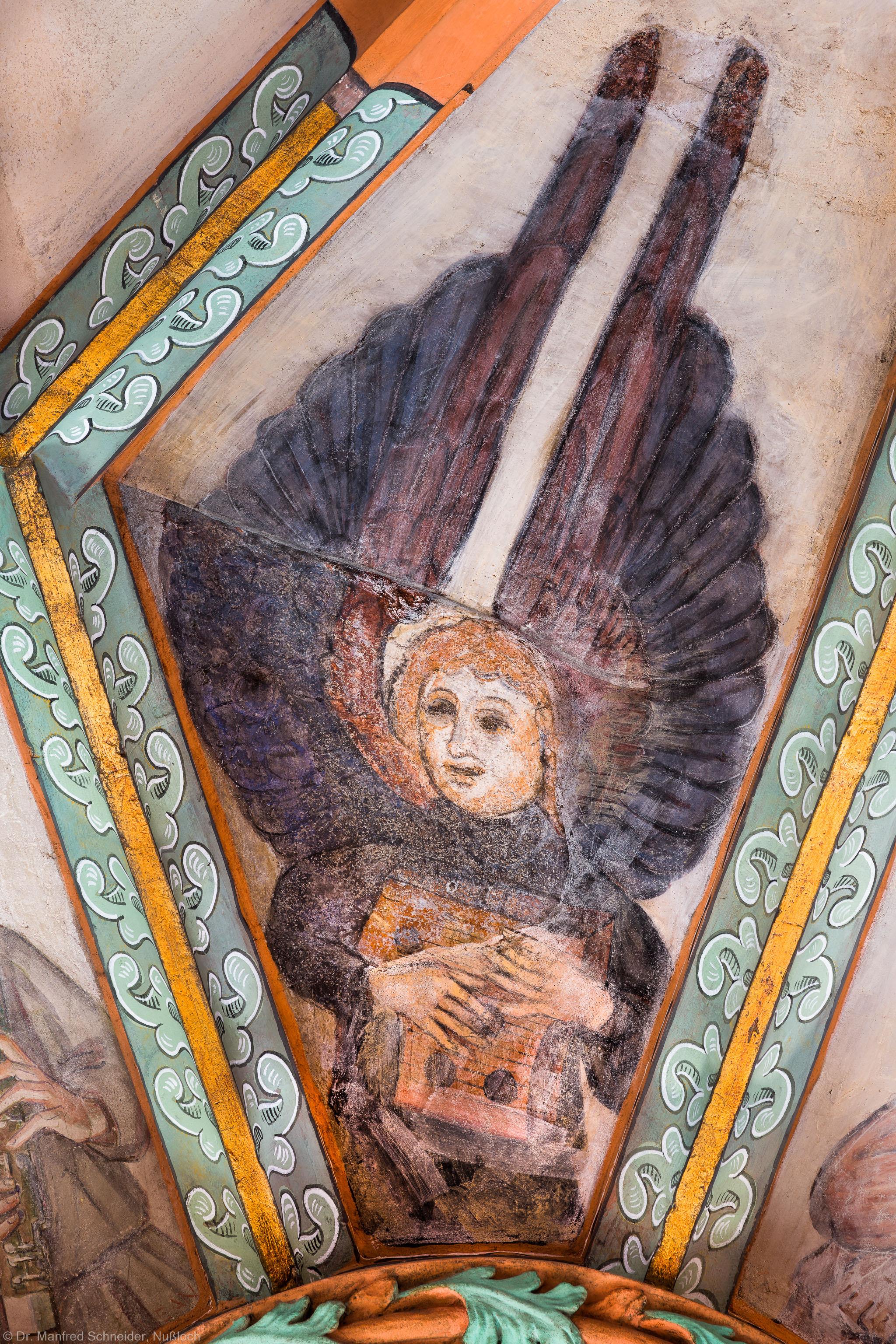 """Heidelberg - Heiliggeistkirche - Mittelschiff - Engel (Position 1 Uhr) aus der Gewölbemalerei """"Engelskonzert"""" (aufgenommen im Februar 2014, am Nachmittag)"""