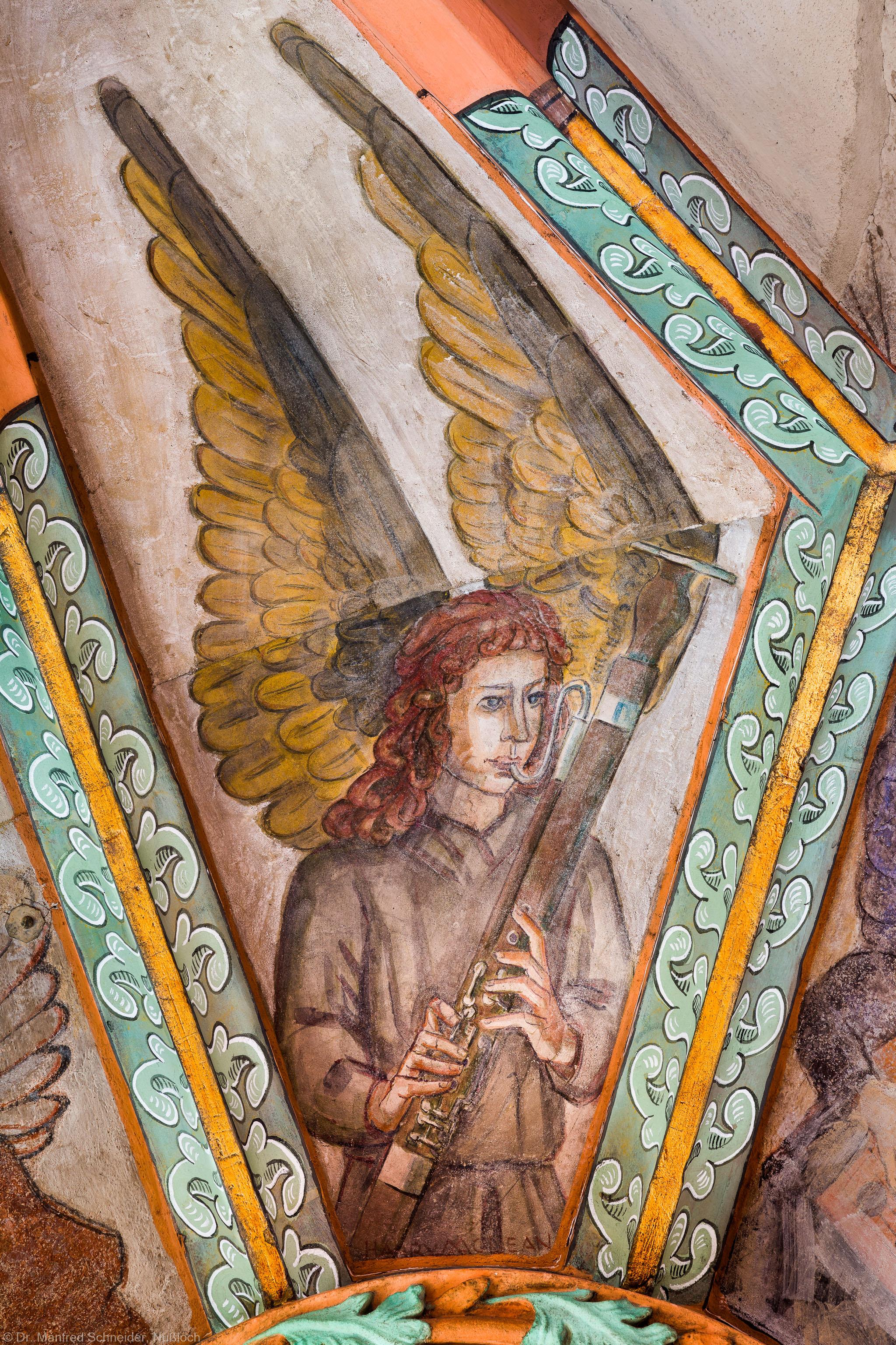 """Heidelberg - Heiliggeistkirche - Mittelschiff - Engel (Position 11 Uhr) aus der Gewölbemalerei """"Engelskonzert"""" (aufgenommen im Februar 2014, am Nachmittag)"""