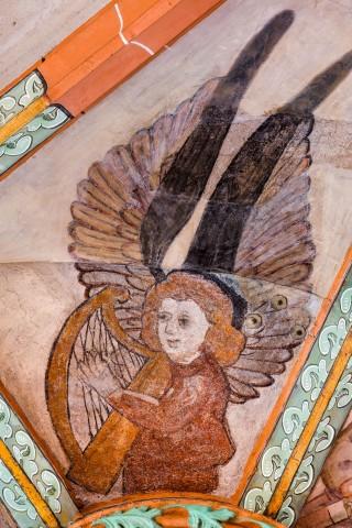 """Heidelberg - Heiliggeistkirche - Mittelschiff - Engel (Position 10 Uhr) aus der Gewölbemalerei """"Engelskonzert"""" (aufgenommen im Februar 2014, am Nachmittag)"""
