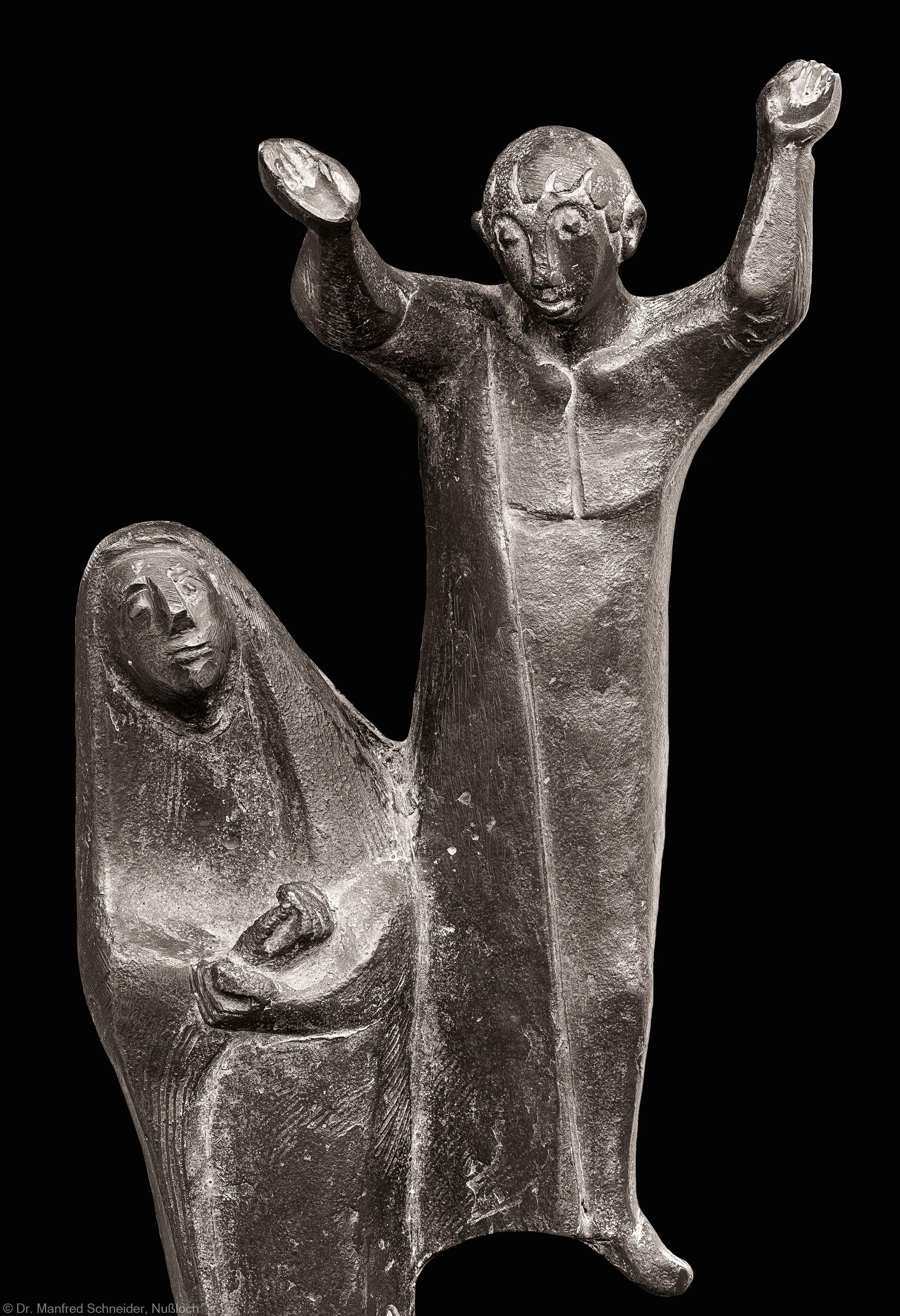 Heidelberg - Heiliggeistkirche - Altarbereich - Figuren des Osterleuchters von Emil Jo Homolka (aufgenommen im August 2014, am Nachmittag)