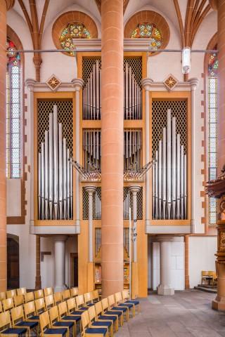 Heidelberg - Heiliggeistkirche - Chor - Hauptorgel - Zentraler Blick auf die Chororgel, erbaut von Steinmeyer 1980 bis 1993 (aufgenommen im Oktober 2014, am Nachmittag)