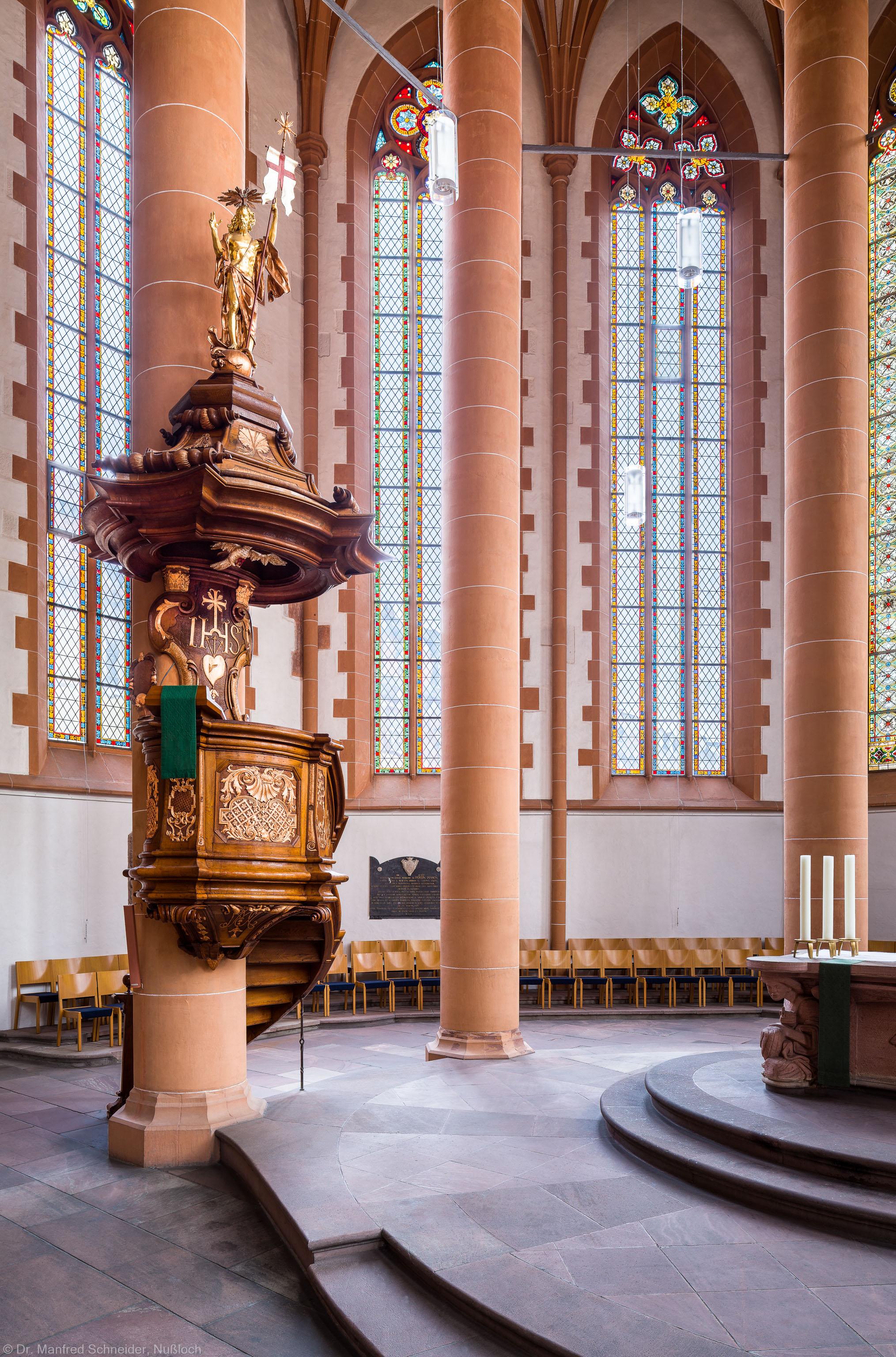 Heidelberg - Heiliggeistkirche - Kanzel - Blick in den Chor und auf die Kanzel(aufgenommen im Februar 2015, am späten Vormittag)