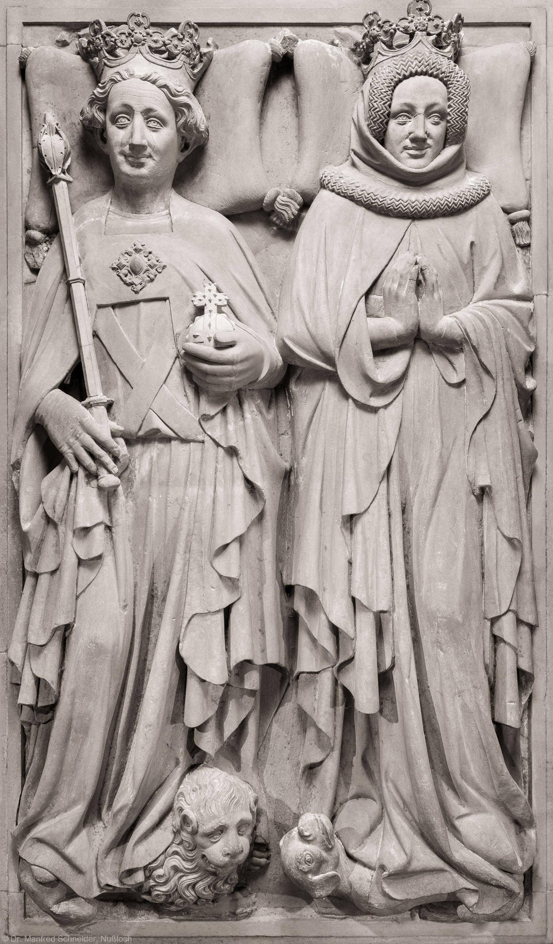 Heidelberg - Heiliggeistkirche - Nordschiff - Königsgrab - Grabplatte des Kurfürsten Ruprecht III. und seiner Gemahlin Elisabeth von Hohenzollern (aufgenommen im Februar 2015, am Nachmittag)