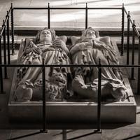 Heidelberg - Heiliggeistkirche - Nordschiff - Königsgrab - Grabplatte des Kurfürsten Ruprecht III. und seiner Gemahlin Elisabeth von Hohenzollern (aufgenommen im März 2015, am späten Vormittag)