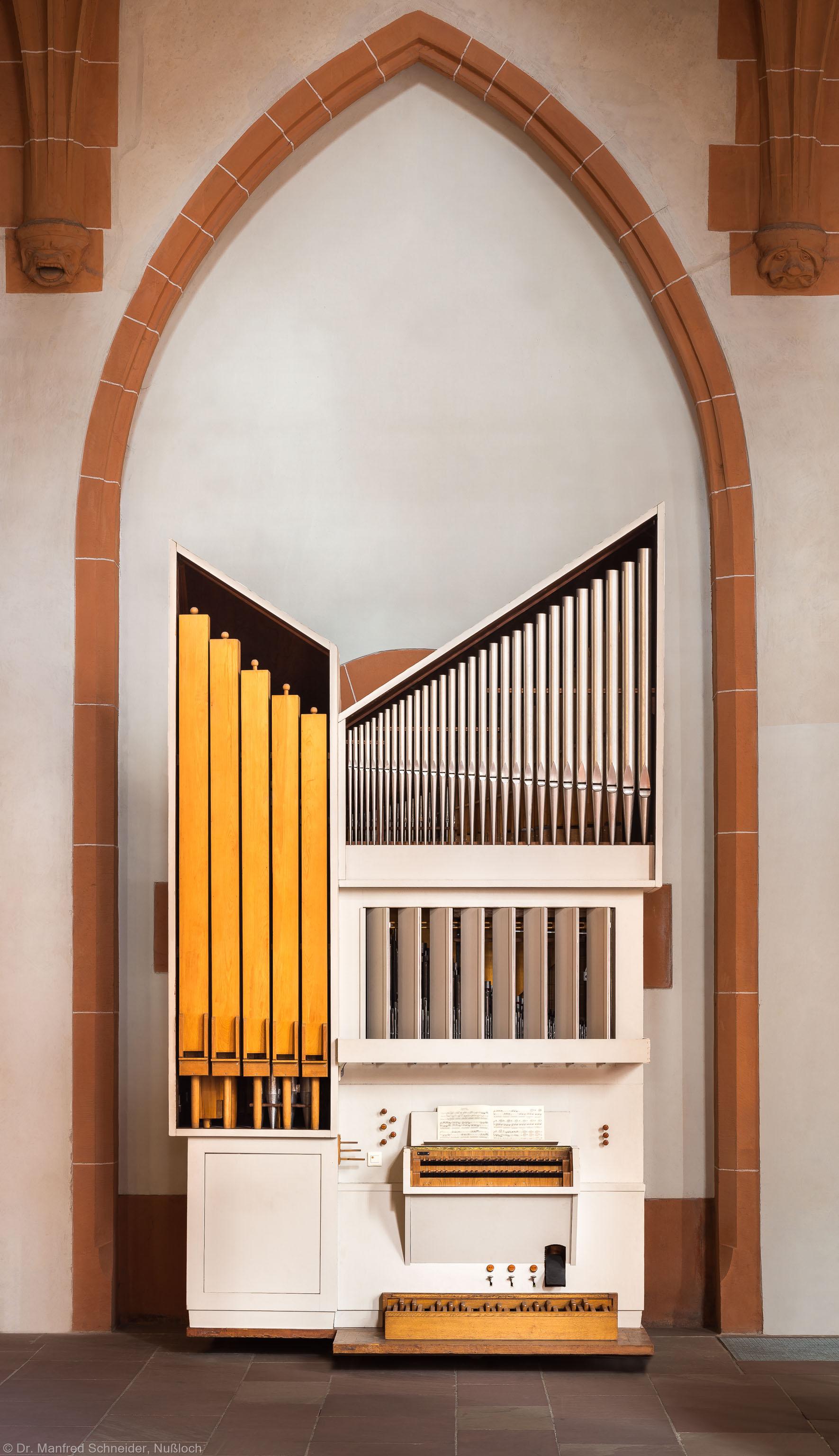 Heidelberg - Heiliggeistkirche - Nordschiff - Kammerorgel - Zentraler Blick auf die Kammerorgel, erbaut von Steinmeyer 1963 (aufgenommen im März 2015, um die Mittagszeit)