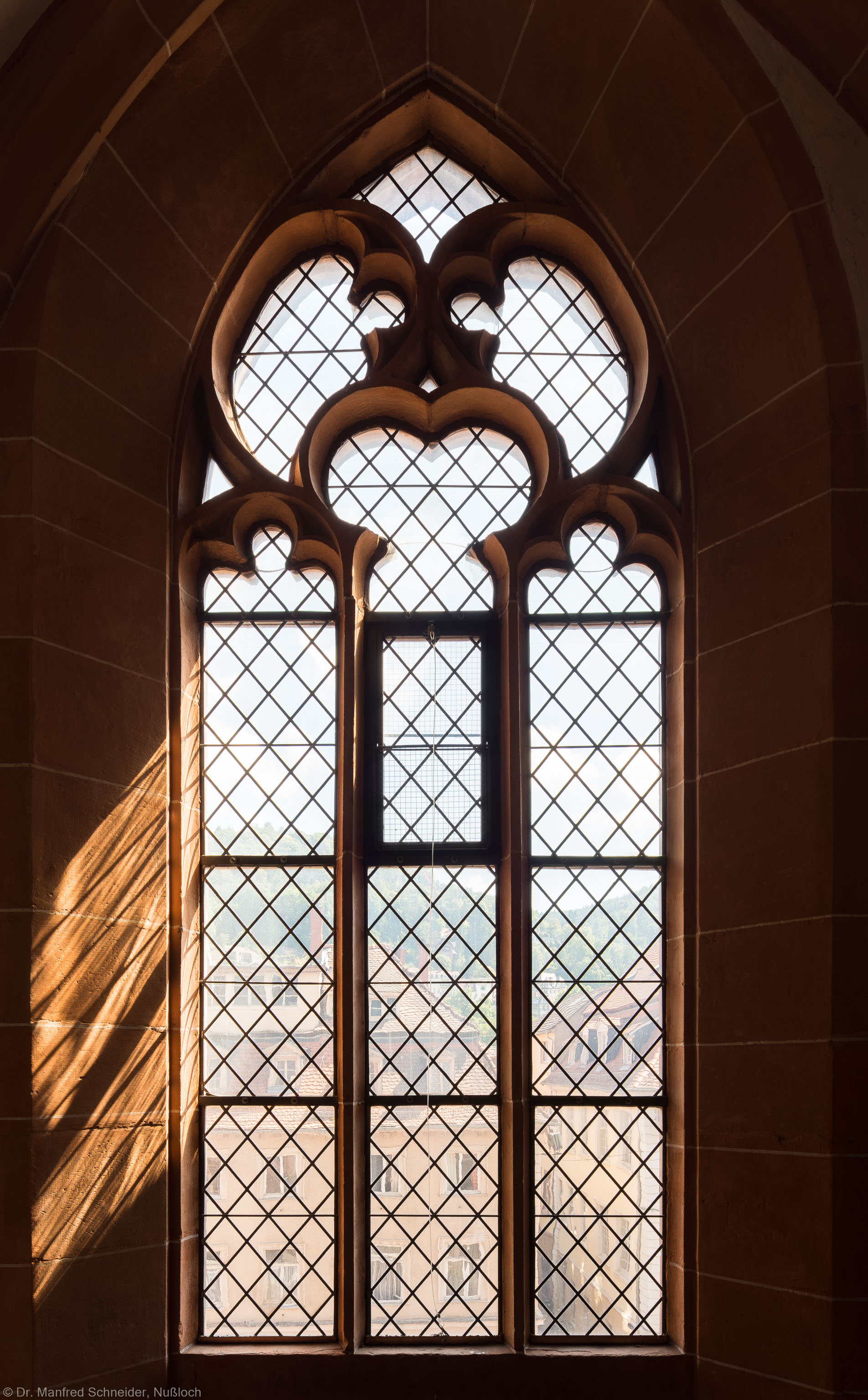 Heidelberg - Heiliggeistkirche - Südempore - 6. Joch, von Westen aus gezählt - Fenster und Maßwerk (aufgenommen im Juni 2015, am Nachmittag)