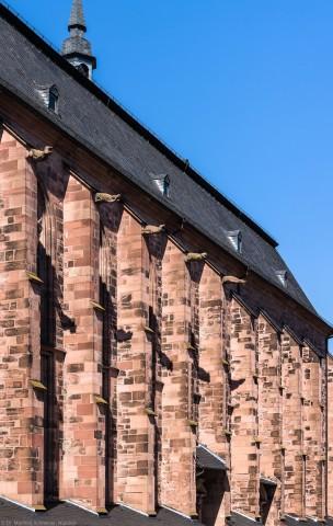 Heidelberg - Heiliggeistkirche - Südseite - Blick von der westlichen Hauptstraße auf die Strebepfeiler (aufgenommen im Juli 2015, am späten Nachmittag)
