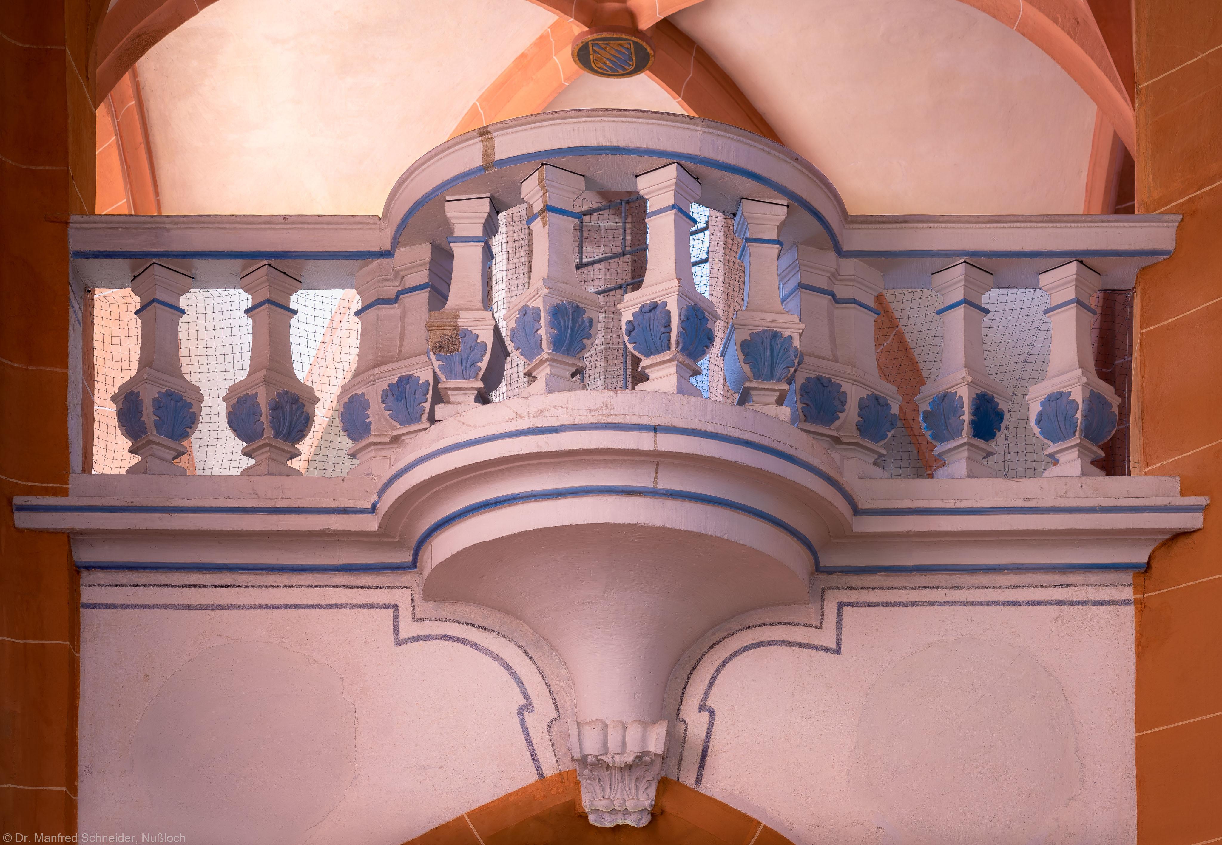 Heidelberg - Heiliggeistkirche - Westbau - Mittlere Zwischen-/Orgelempore - Südseite - Blick vom Südschiff auf den barocken Balkon (aufgenommen im Juli 2015, am Nachmittag)