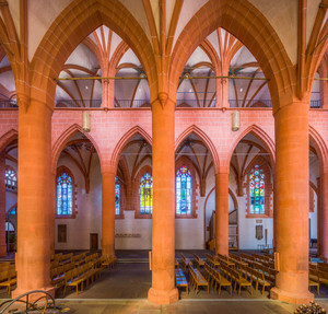 Heidelberg - Heiliggeistkirche - Nordschiff - Blick vom Südschiff durch das Mittelschiff auf das Nordschiff und die Nordempore (aufgenommen im September 2015, am Nachmittag)