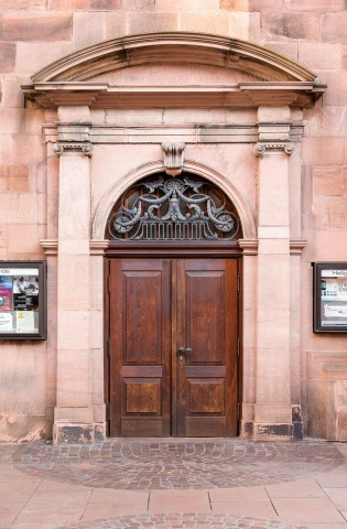 Heidelberg - Heiliggeistkirche - Südseite - Westliches Südportal - Blick auf das gesamte Portal (aufgenommen im Oktober 2015, am Vormittag)