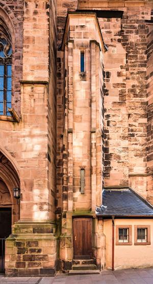 Heidelberg - Heiliggeistkirche - Aussen / West - Treppenturm - Blick auf den Aufgang zur Empore (aufgenommen im Oktober 2015, am späten Vormittag)