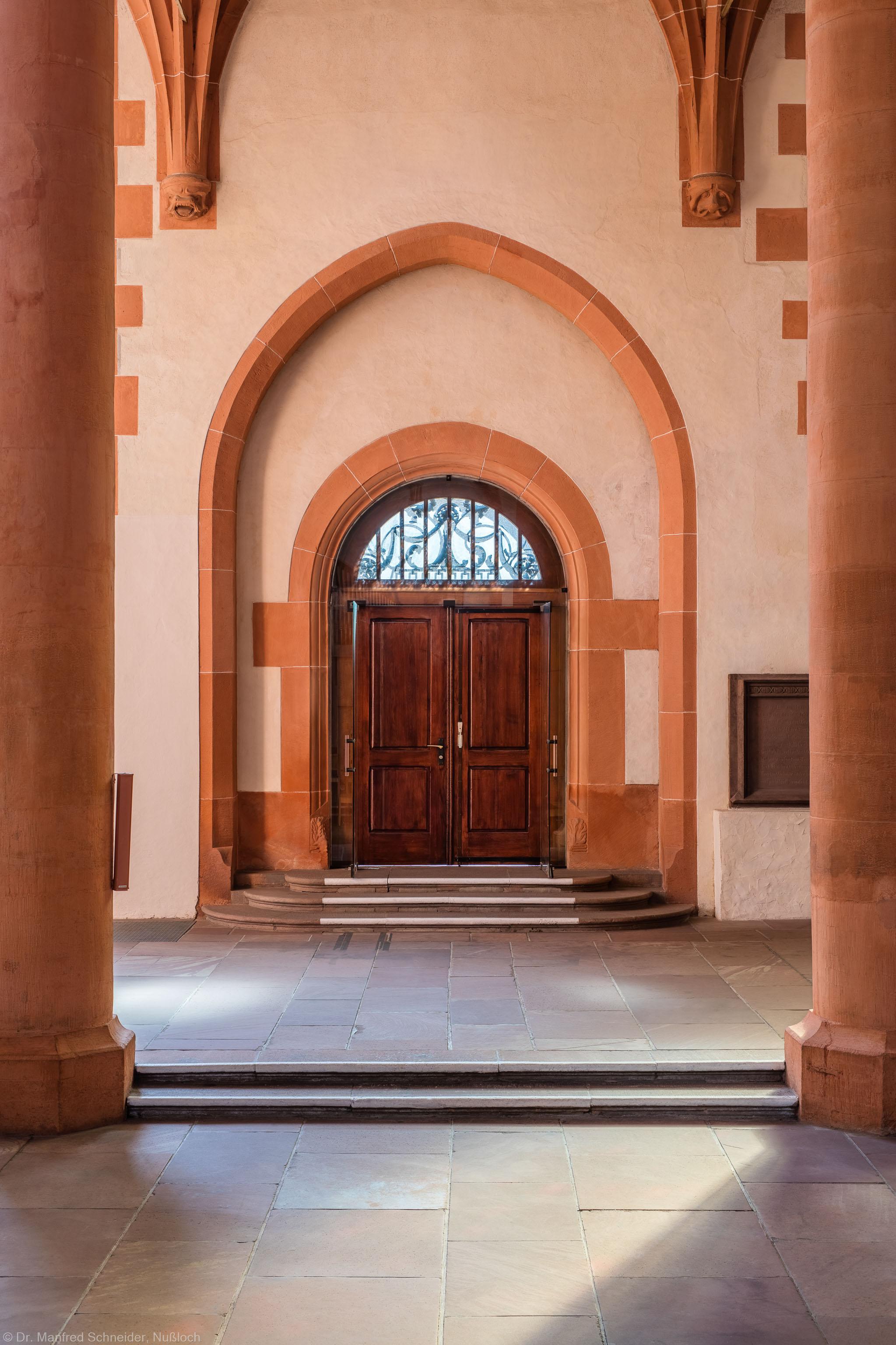 Heidelberg - Heiliggeistkirche - Südseite - Mittleres Südportal (aufgenommen im Oktober 2015, am Nachmittag)