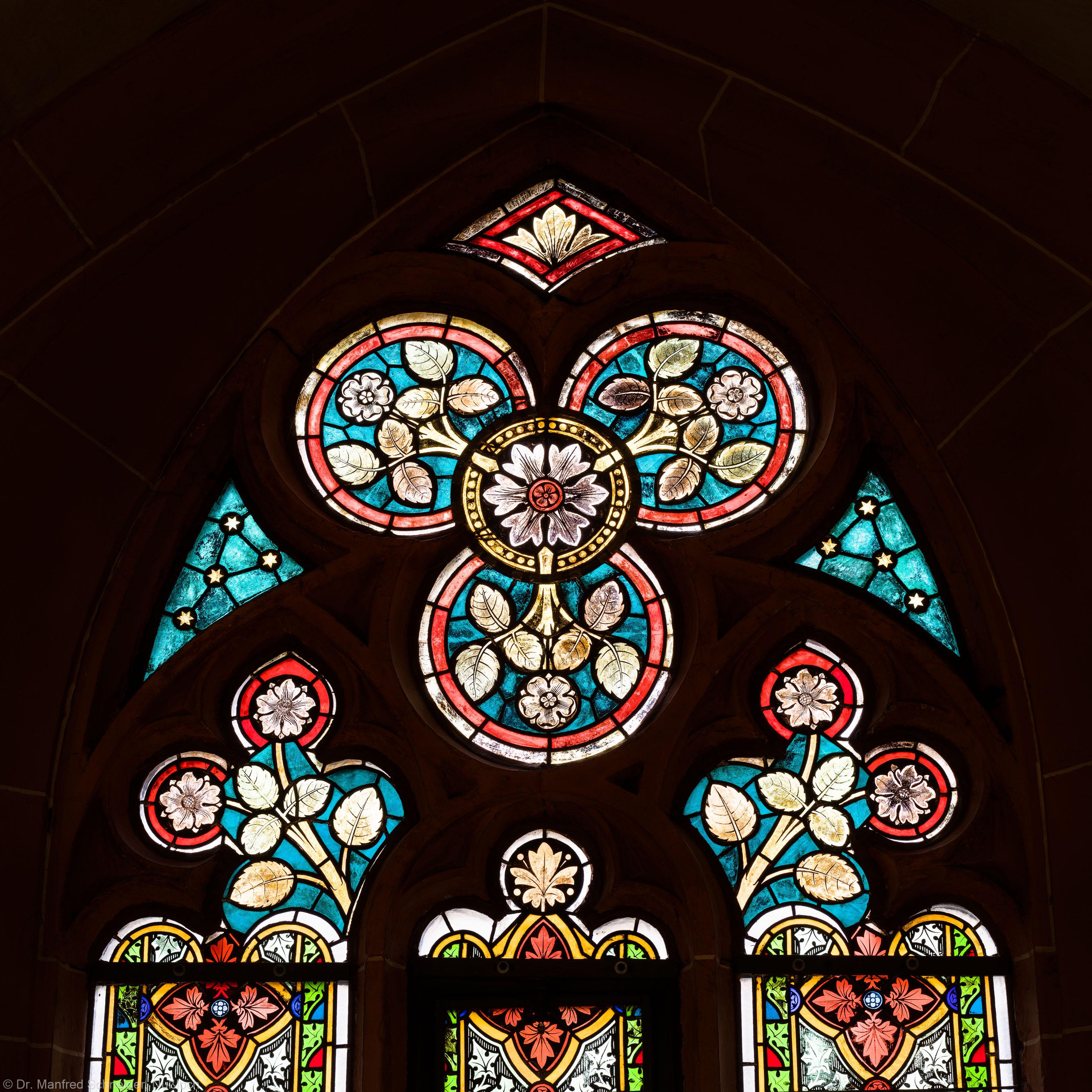 Heidelberg - Heiliggeistkirche - Südschiff - 2. Joch, von Westen aus gezählt - Maßwerk des Ornamentfensters (aufgenommen im Oktober 2015, am frühen Nachmittag)