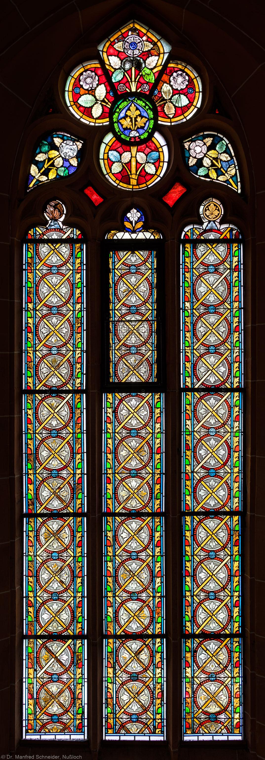 Heidelberg - Heiliggeistkirche - Südschiff - 4. Joch, von Westen aus gezählt - Gesamtaufnahme des Ornamentfensters (aufgenommen im Oktober 2015, um die Mittagszeit)