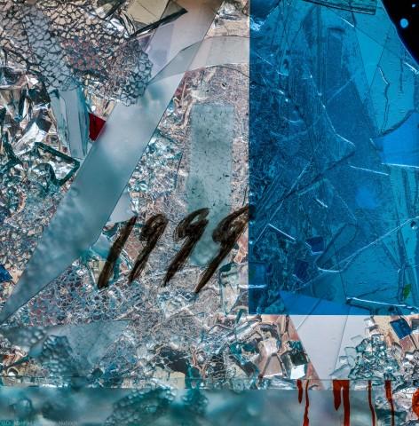 """Heidelberg - Heiliggeistkirche - Nordschiff - 4. Joch, von Westen aus gezählt - Feld (linke Bahn, unterste Zeile) des Fensters """"Schöpfungsgeschichte - Der Weltkreis ist voll vom Geiste Gottes"""" von Hella De Santarossa (aufgenommen im Oktober 2015, am späten Nachmittag)"""