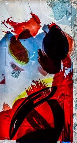 """Heidelberg - Heiliggeistkirche - Nordschiff - 6. Joch, von Westen aus gezählt - Feld (rechte Bahn, erste Zeile) des Fensters """"Schöpfungsgeschichte - Der Baum der Erkenntnis"""" von Hella De Santarossa (aufgenommen im Oktober 2015, am späten Nachmittag)"""