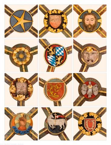 Heidelberg - Heiliggeistkirche - Chor - 12 der 19 Schlußsteine im Chorumgang, v.o.l.n.u.r.: 1. bis 5., 8. bis 9., 15. bis 19. Schlußstein, gezählt von Südwest nach Nordwest (aufgenommen im November 2015, tagsüber)